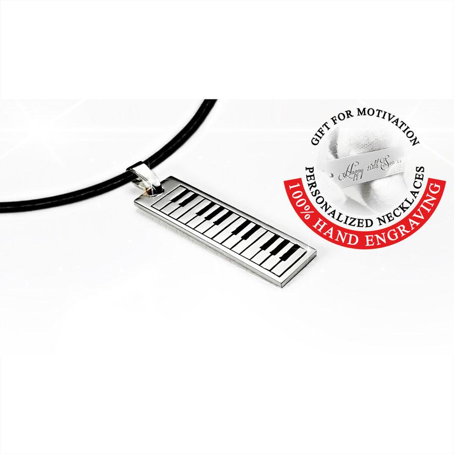 Kulons ar gravējumu, Personalizēta dāvana pianistam