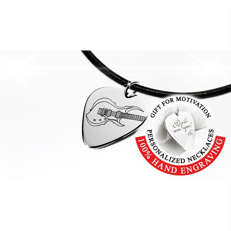 Iegravēta elektriskā ģitāra, personalizēts mediators kaklarota