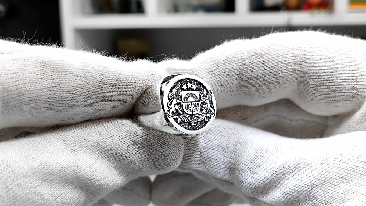 Engaved silver signet ring with engraving coat of arms of Latvia